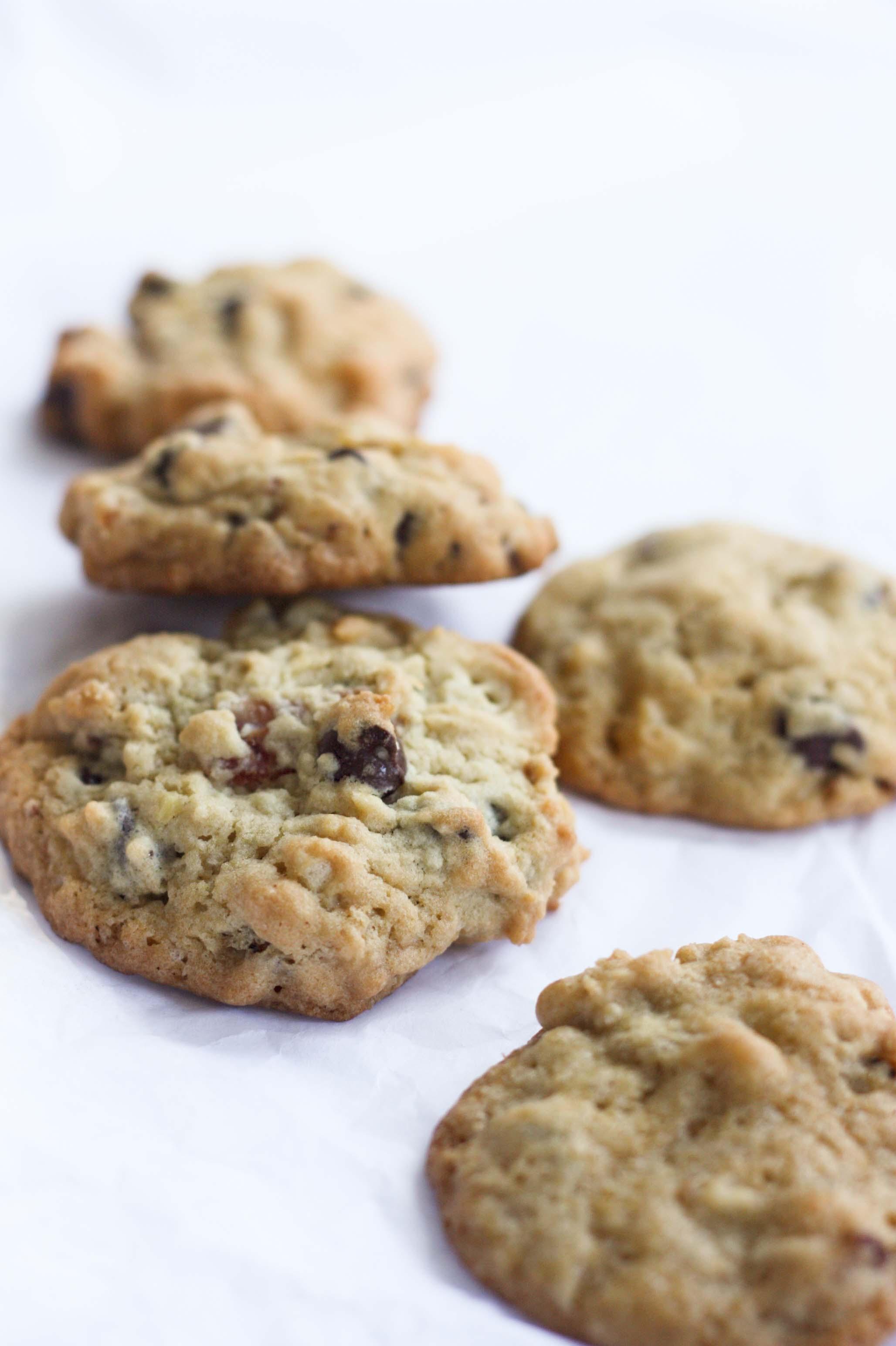 Banana Bacon Chocolate Chip Cookies | Foodologie
