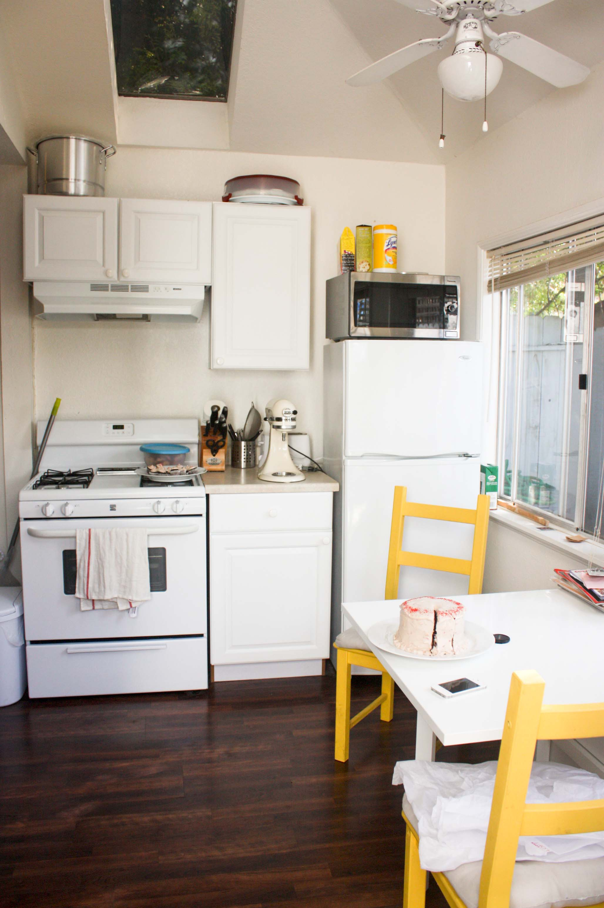 Kitchen tour where foodologie happens foodologie for Small studio apartment kitchen ideas