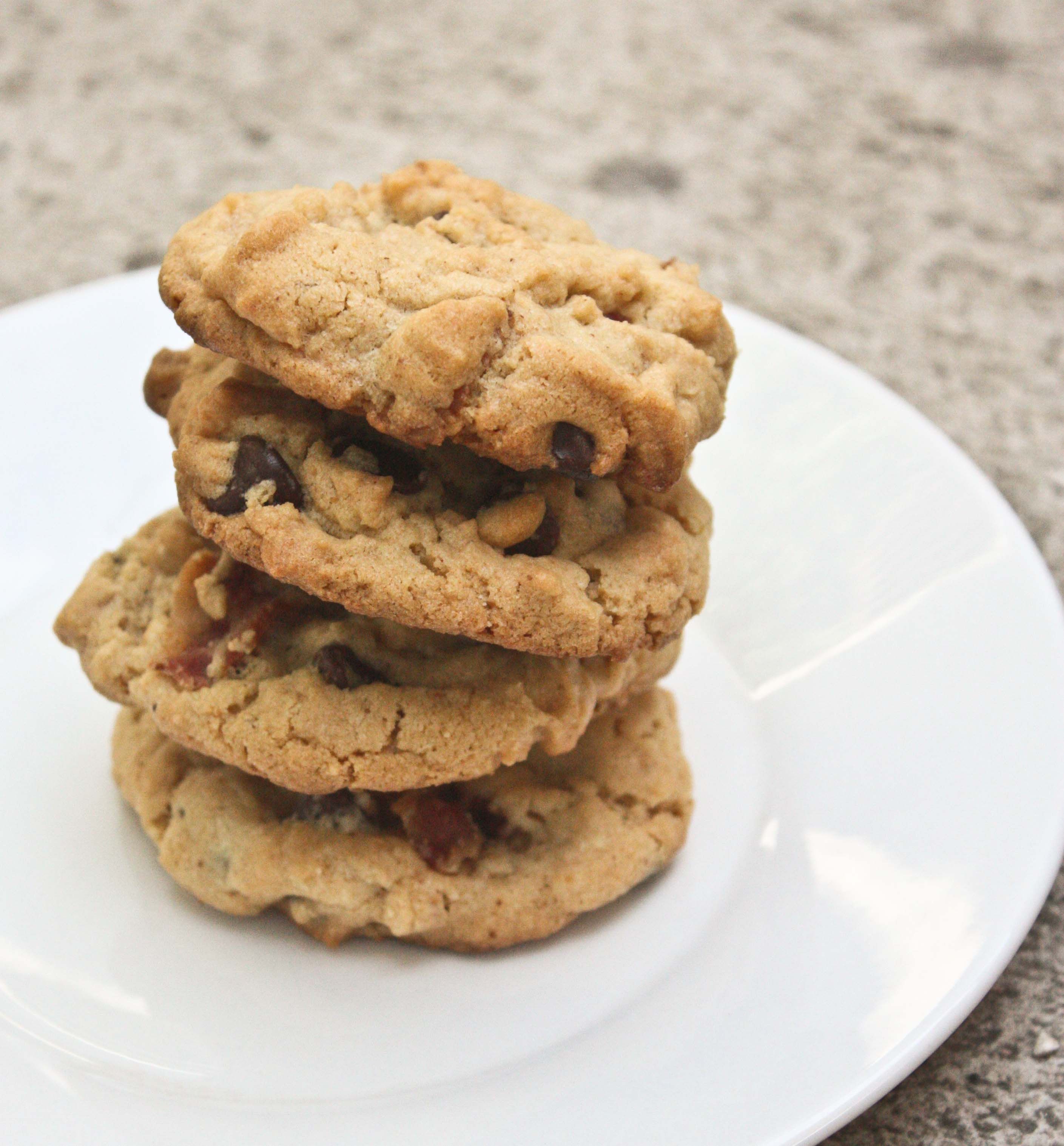 Peanut Butter Bacon Chocolate Chip Cookies | Foodologie