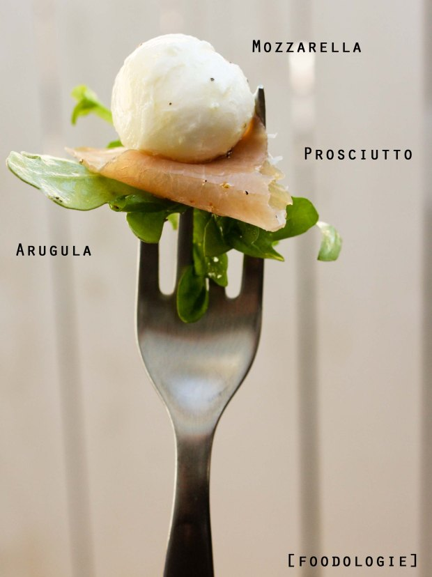 ArugulaProsciuttoMozzarella3