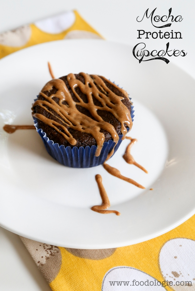 mochaproteincupcakestext