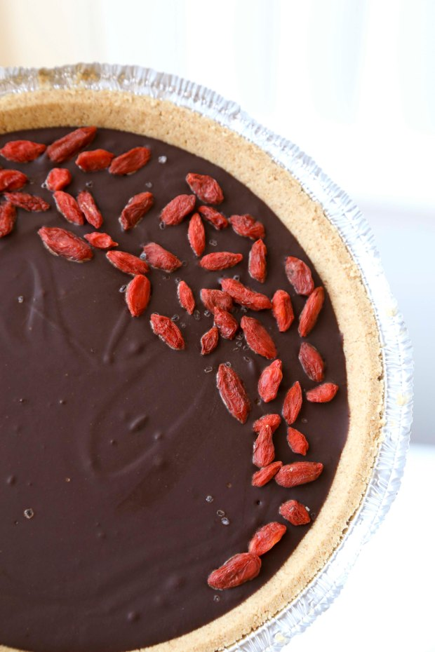 Chocolate PB Goji Pie