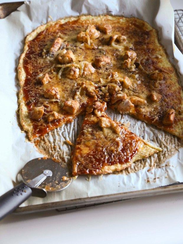 BBQ Chicken Cauliflower Pizza3